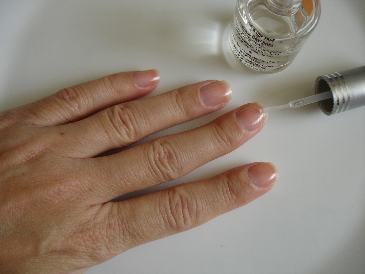 How to do a manicure do it yourself manicure solutioingenieria Images