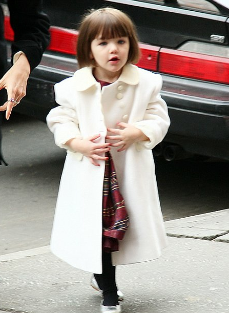 Suri Cruise in Little girl Accessories