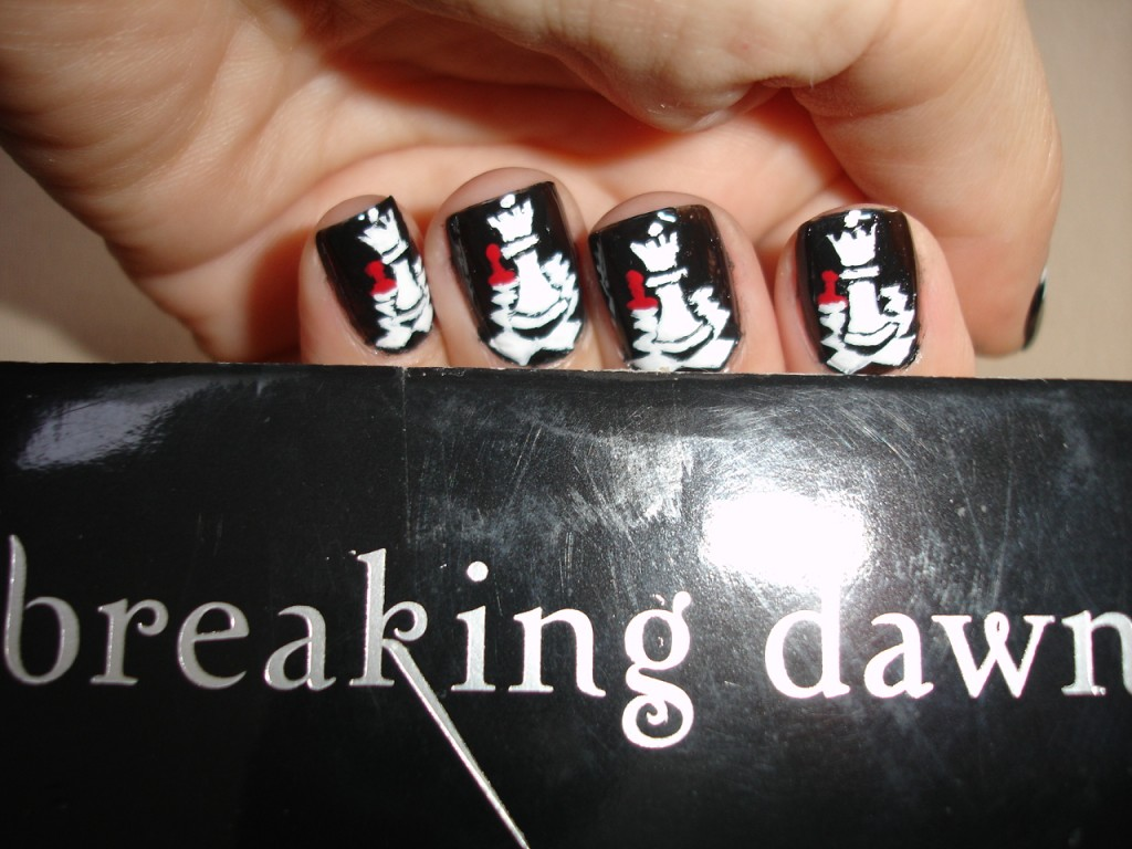 Twilight Breaking Dawn Nail Art